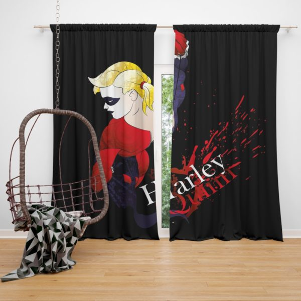 DC Icons Harley Quinn Figure Curtain